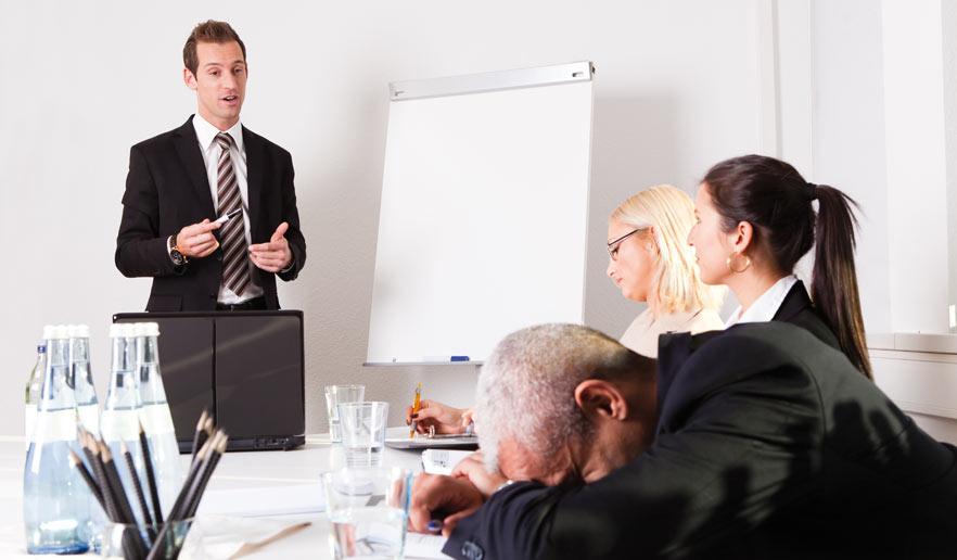 Kundengespräch Präsentation präsentieren mattheis. werbeagentur berlin