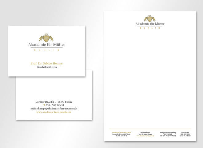 Briefbogen Visitenkarte Logo Akademie für Mütter Geschäftsführerin Sabine Hempe Wappen Konzeption und Gestaltung mattheis werbeagentur berlin