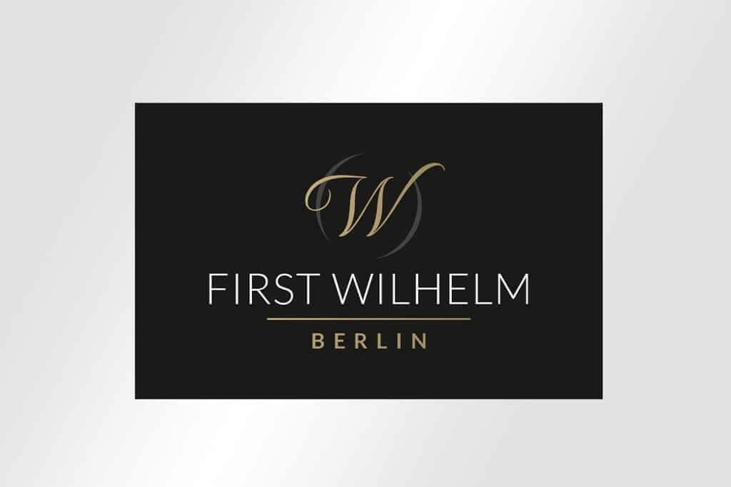 Corporate Design Immobilienmarketin edles Logodesign FIRST WILHELM BERLIN