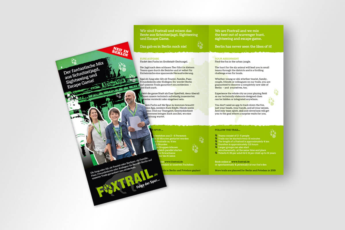Corporate Design Foxtrail – Einbruchfalz-Flyer Deutsch / Englisch | Mattheis Werbeagentur