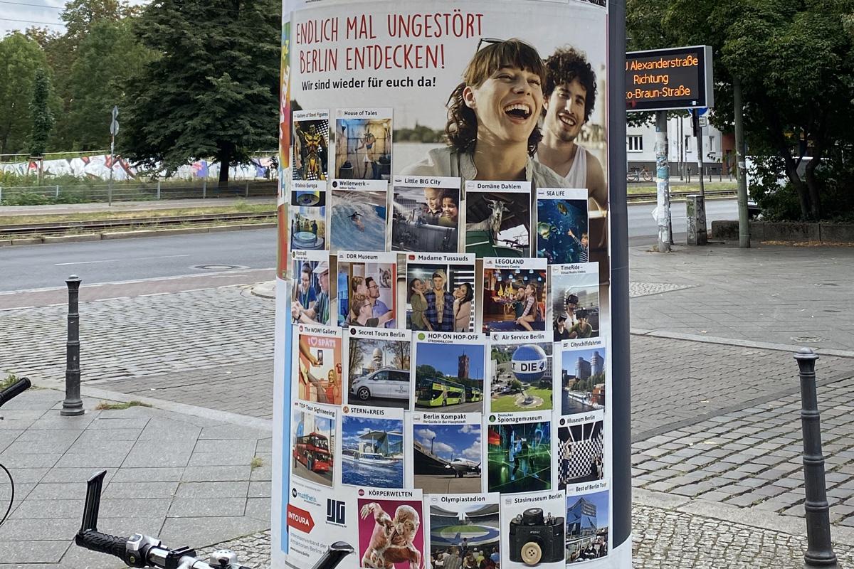 Plakatkampagne Intoura
